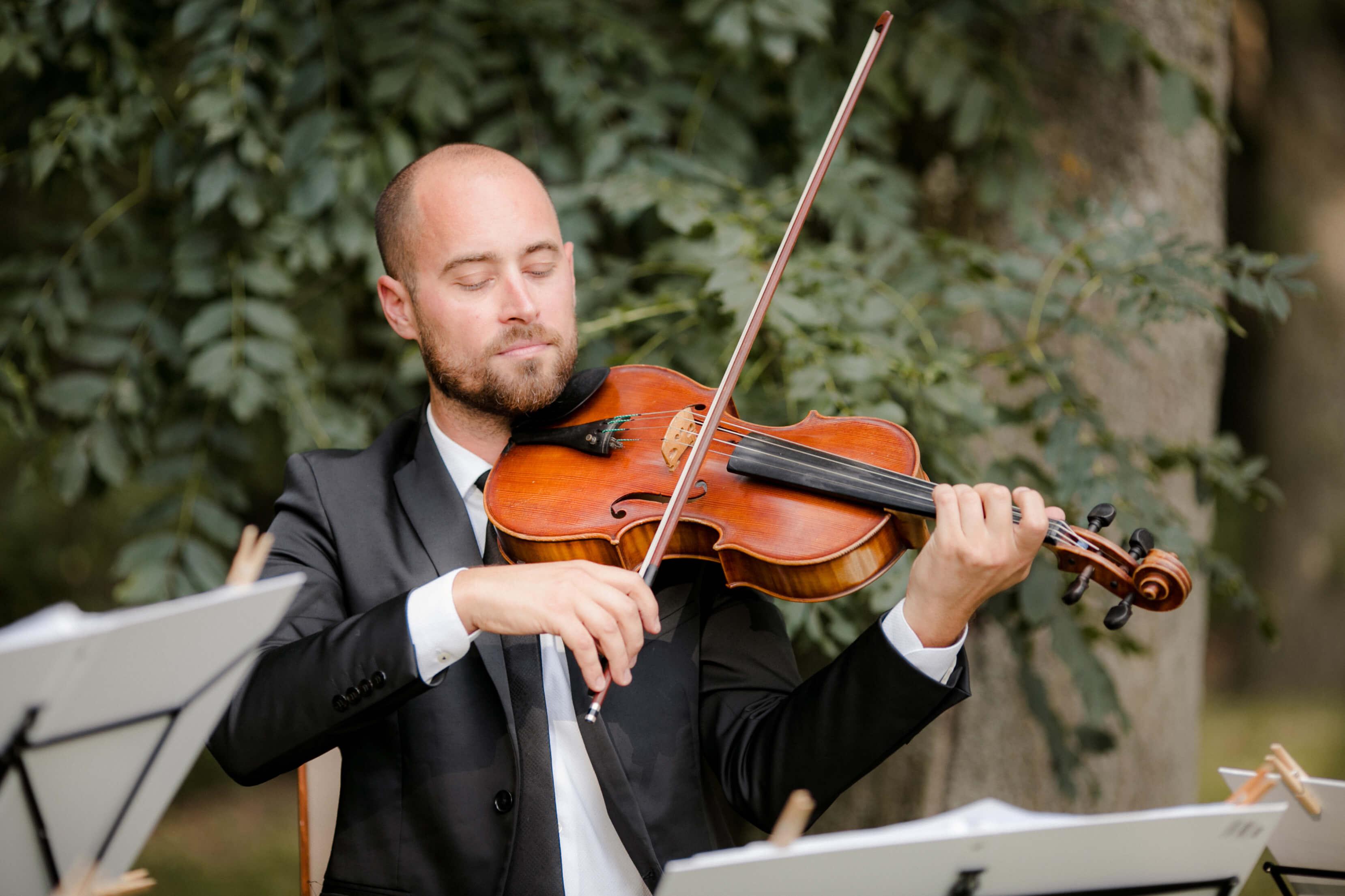 svadobny huslista